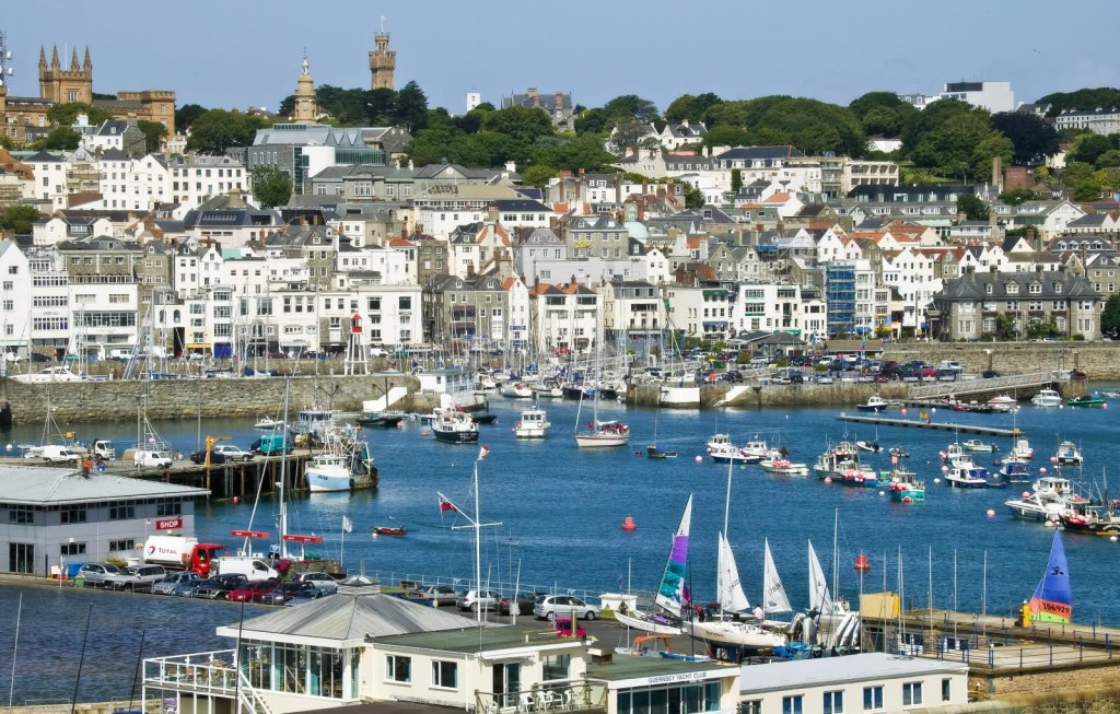 st_peter_port_guernsey_wallpaper